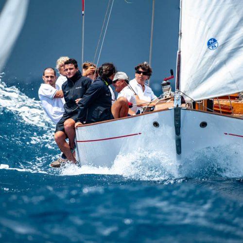 Yacht-Club-sailingschool-santostefano