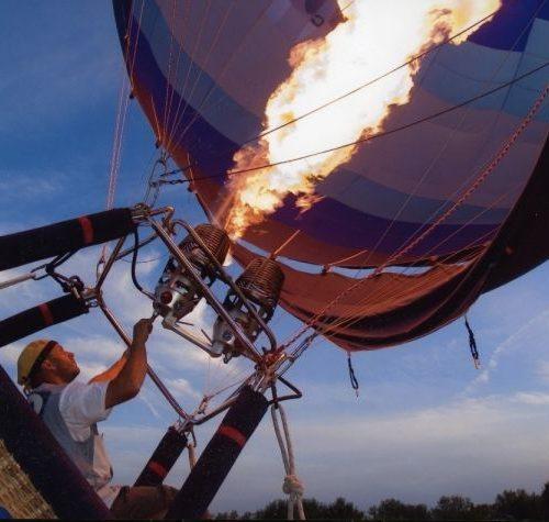 visit-tuscany-banda-balloons-fire