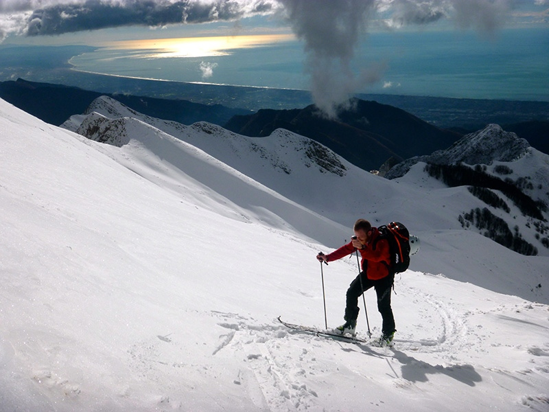 skiing-in-tuscany-apuane-alps-ski-mounteneering