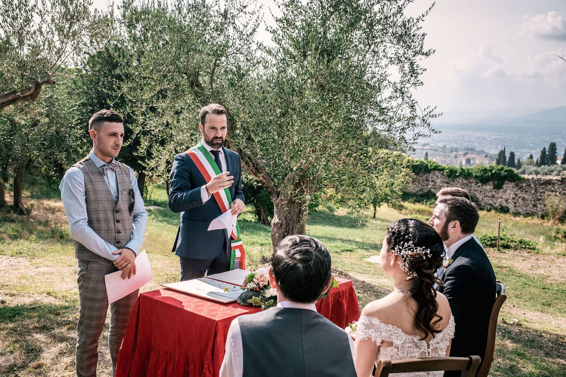 where to marry in tuscany