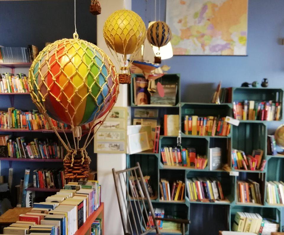 libreria di viaggi a Firenze on the road