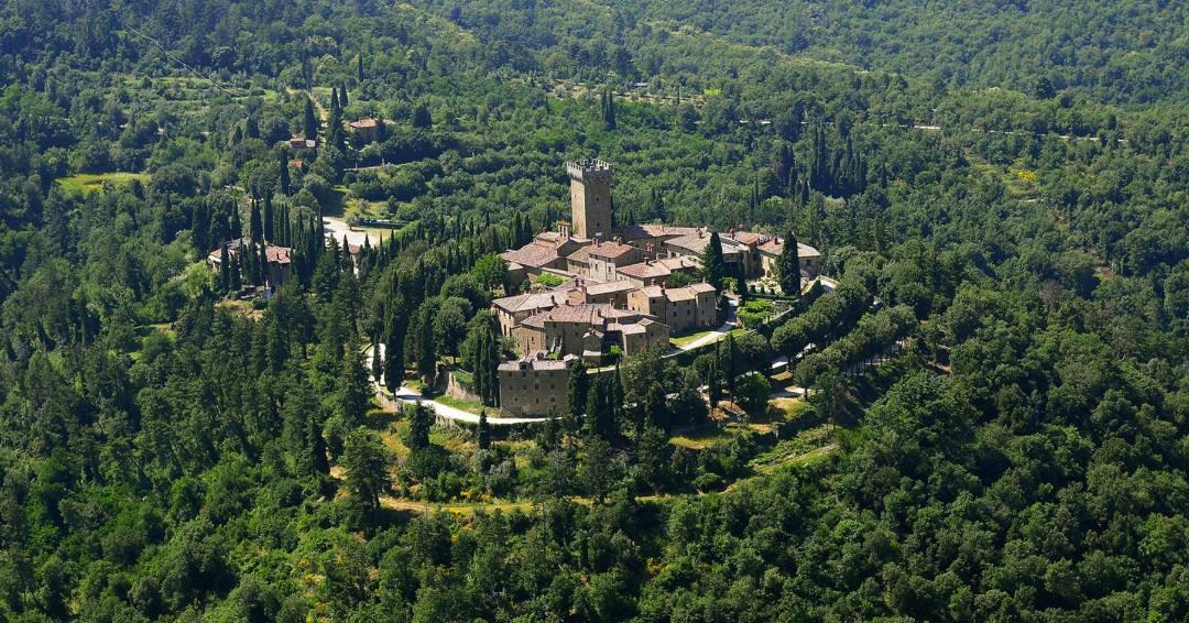 Castle in Tuscany to sleep in Gargonza