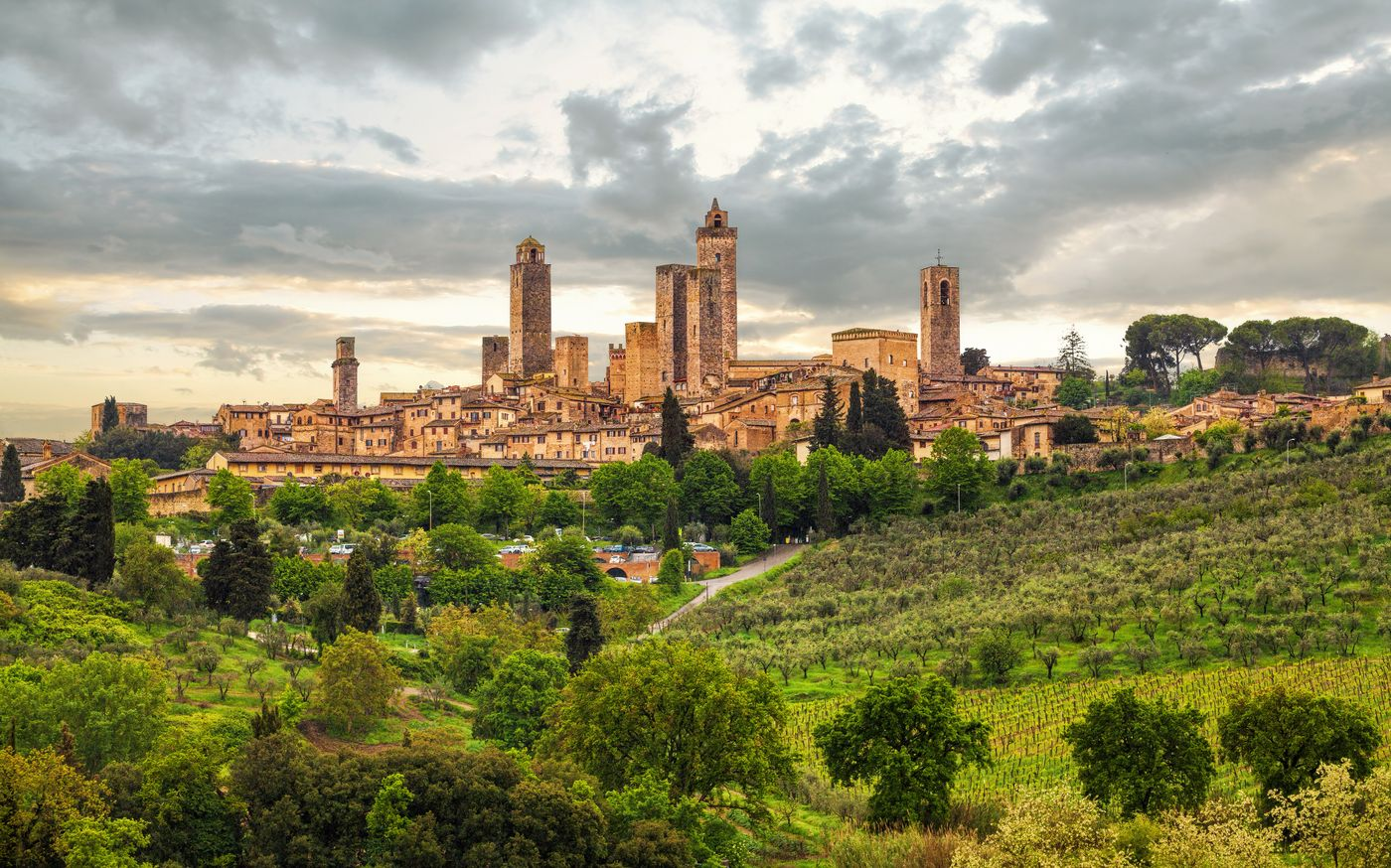 villages in tuscany: san gimignano