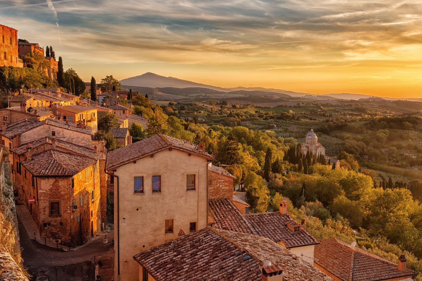 Montalcino Hamlet